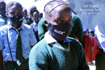 Nyakuleng'a High School students received COVID-19 prevention masks from the Evangelical Lutheran Church in Zambia.  Photos: ELCZa/David Mang'enda