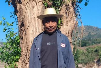 Thanks to the Lutheran communion's emergency support, Gregorio Pérez and other residents of Shupa village are replanting crops lost to two successive hurricanes. Photo: ILUGUA