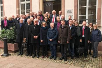 Members of the VELKD Bishops' Conference, ecumenical guests and staff of the Institute for Ecumenical Research in Strasbourg. Photo: VELKD