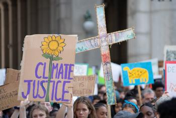 LWF, ACT, WCC and other ecumenical bodies joined tens of thousands in marching through the streets of New York City in the Climate Strike in 2019, demanding climate justice now. Photos: Simon Chambers/ACT